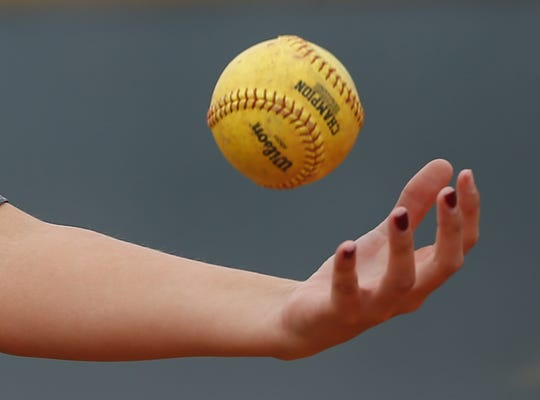 Who stood out in Arizona high school softball last week?