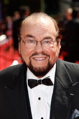 ORG XMIT: DM 39044 EMMY 8/18/2010  8/29/10 1:37:46 -- Los Angeles, CA, U.S.A James Lipton arrives at the 62nd annual Emmy Awards at the Nokia Theatre. --    Photo by Dan MacMedan, USA TODAY contract photographer   (Via OlyDrop)