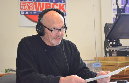 Terry Newton, who has been the host of the longtime local radio show Coaches Corner, will broadcast his final show later this month after 32 years.
