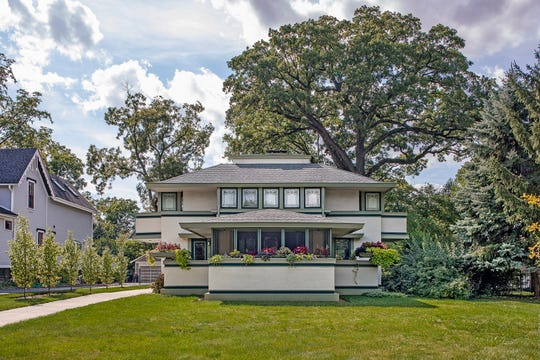 The J. Kibben Ingalls House (Frank Lloyd Wright, 1909) has not been part of the Wright Plus Housewalk since 1999, but will be featured again in 2020.