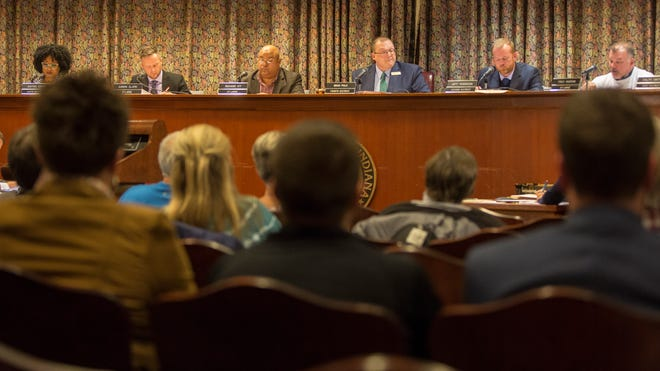 City council members listen to items on the agenda March 2, during the regular city council meeting.