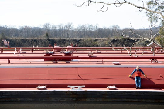 More than 20 barges broke free on the Cumberland River early Tuesday.