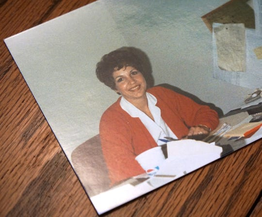 One of Katie Hardy's favorite photos of her late mother Kathy Simpson.