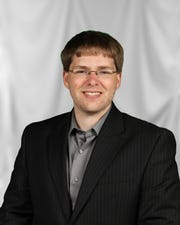 Jon Riemann now serves as the communications manager for the Wisconsin Department of Transportation.
