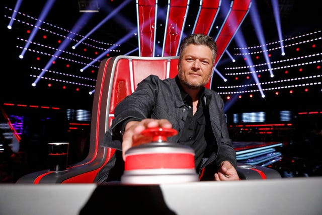In The Know The Voice Photos From This Nbc Season And Past Ones Including Blake Shelton John Legend Kelly Clarkson Usher Nick Jonas