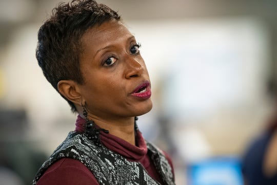 Katrice Hardy will become the first African American and the first woman to serve as IndyStar's executive editor and will oversee more than two dozen Gannett newsrooms in Indiana, Illinois and Kentucky.
