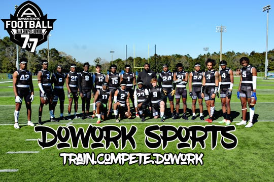 Team DoWork gets ready for a weekend 7v7 practice.