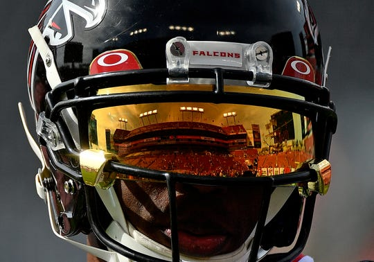 Atlanta Falcons wide receiver Julio Jones (11) is the highest paid wide receiver in the NFL.