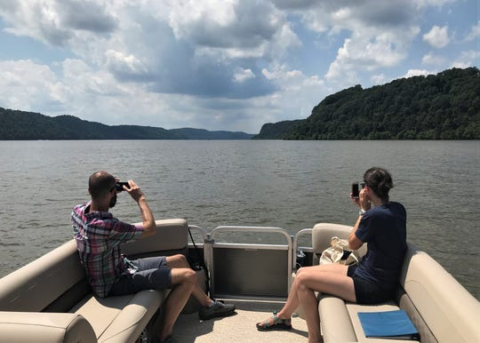 Susquehanna National Heritage Area River Discovery Boat Tours will continue for a second season starting on Memorial Day weekend. This fun initiative expects to serve twice as many people as last year by adding a fourth daily tour, plus operating in a longer season.