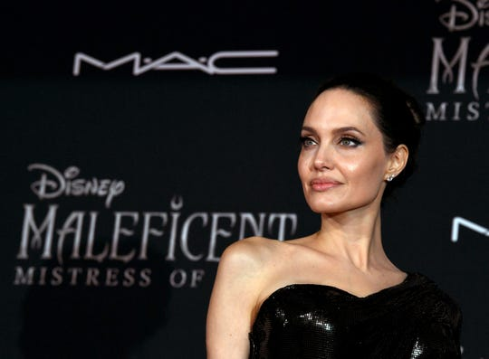 """LOS ANGELES, CALIFORNIA - SEPTEMBER 30: Angelina Jolie arrives at the premiere of Disney's """"Maleficent: Mistress Of Evil""""  at the El Capitan Theatre on September 30, 2019 in Los Angeles, California. (Photo by Kevin Winter/Getty Images) ORG XMIT: 775413227 ORIG FILE ID: 1178291691"""
