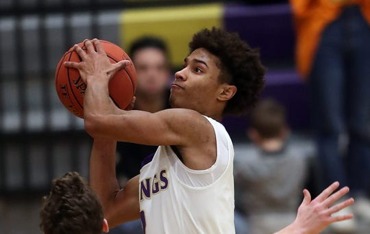 Kobe McMillian scored 25 points in the Vikings' 65-52 win over Selah on Wednesday in the Class 2A boys basketball state tournament.