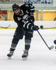 Pinckney's Sebastian Smith had two goals in a 6-3 loss to Detroit Country Day in a regional championship hockey game.
