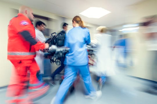 The McLaren trauma team treats various types of injuries including those resulting from motor vehicle crashes, assaults, and falls, as well as broken bones, burns, and puncture wounds that often require a multidisciplinary approach.