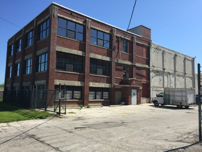 An indoor hemp growing operation is planned for a redeveloped building at 3728 N. Fratney St., in Milwaukee Riverwest area.