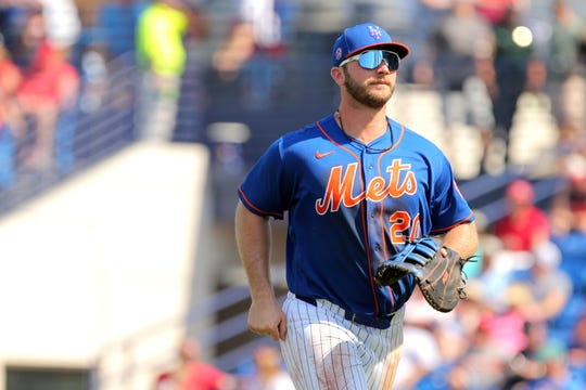 Mar 4, 2020; Port St. Lucie, Florida, USA; New York Mets first baseman Pete Alonso (20) runs to the dugout against the St. Louis Cardinals at the end of the third inning at First Data Field.