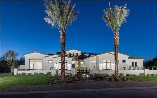 Richard and Theresa Davis paid $4.48 million for a new construction estate in Paradise Valley.