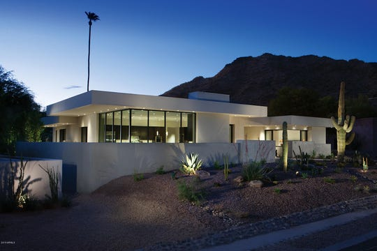 Michael Greenbaum paid $3.5 million for a contemporary-style estate in Paradise Valley.