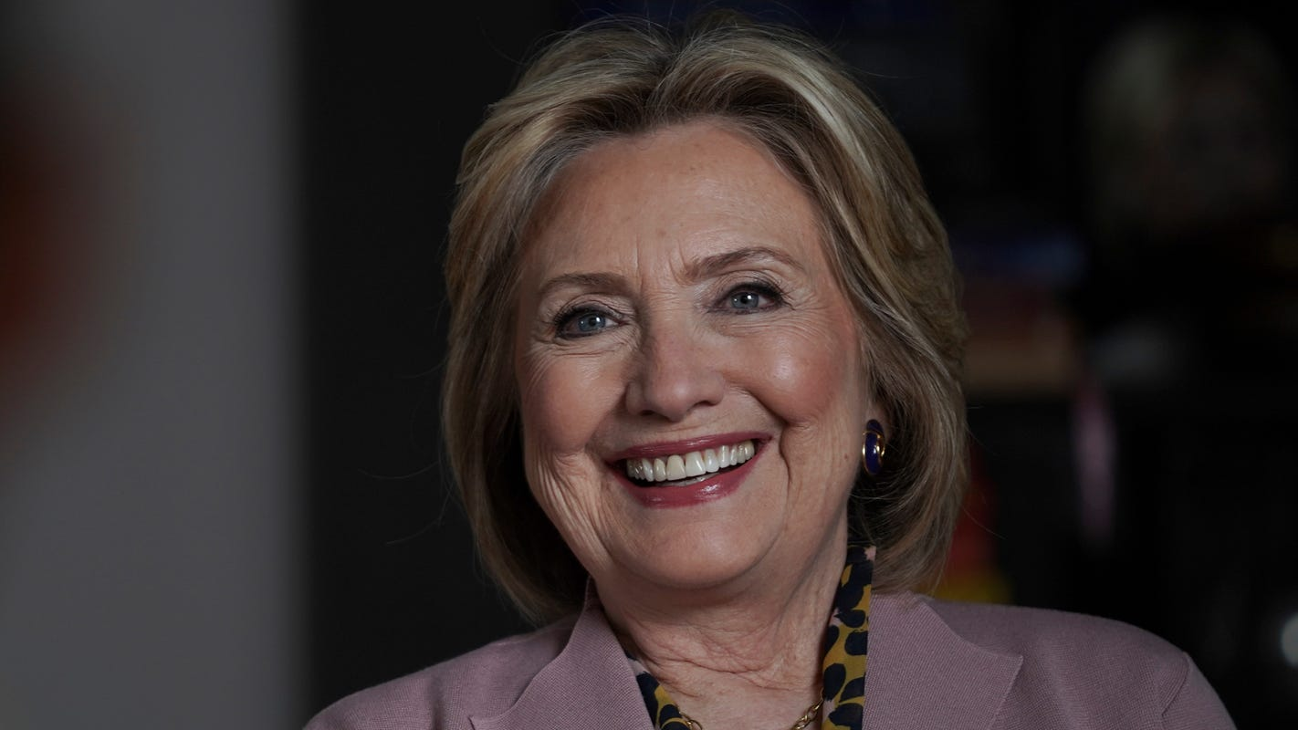 Hillary Clinton joins Electoral College 4 years after it cost her the presidency: 'Pretty sure I'll get to vote for Joe'