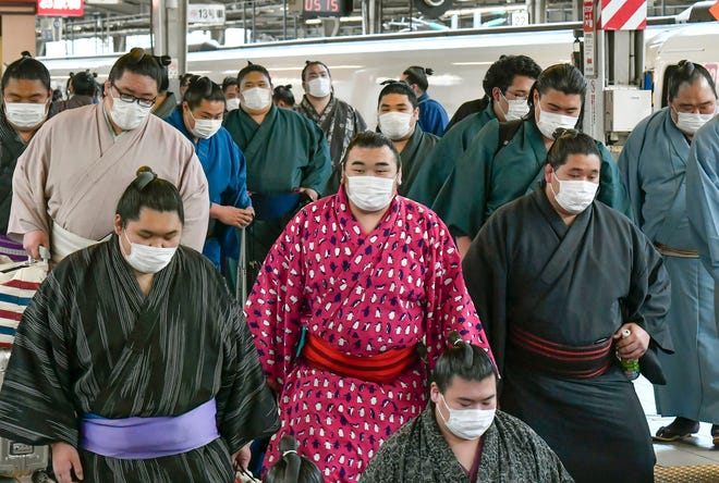 Sumo wrestlers arriving in Osaka will be competing in the Spring Grand Sumo Tournament next weekend behind closer doors because of to the ongoing coronavirus crisis.