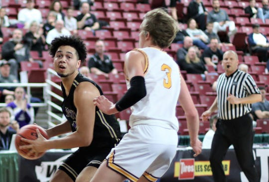 North Kitsap's Shaa Humphrey scored 15 points in Thursday's win over White River.