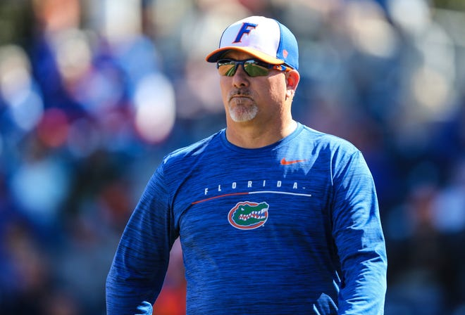 Florida softball coach Tim Walton became the second fastest NCAA Division I head coach to earn 900 career wins last year. Earlier this month, Walton won his 800th game as the Gators' coach.
