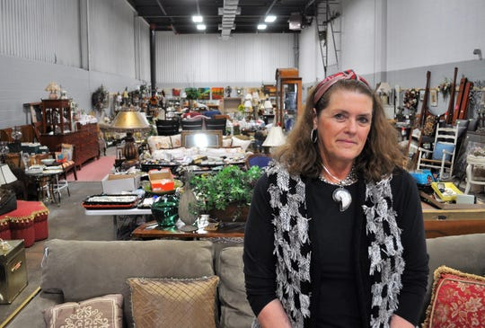 The city of Mequon has ordered owner Victoria Gerard to close Ivana's Trunk, 10448 N. Port Washington Road, by April 1.