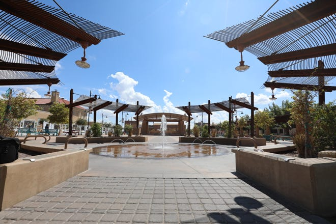 The City of Las Cruces Economic Development Department will conduct a public meeting at 5:30 p.m. Thursday, March 12, to discuss and gather public input about shade options at Plaza de Las Cruces.