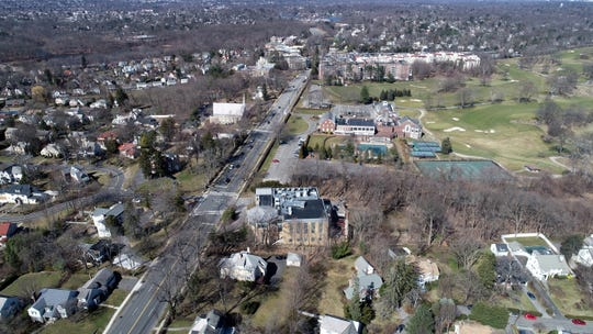 Young Israel of New Rochelle, bottom, and Wykagyl Country Club on Norrth Ave. in New Rochelle March 4, 2020.