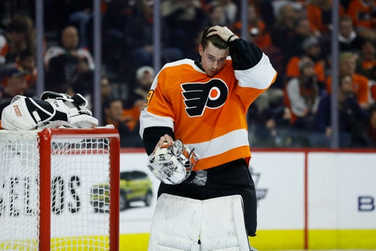 Carter Hart, the Flyers' 21-year-old goalie, made 38 stops in the team's 3-1 victory over Buffalo to give them nine straight wins.