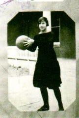 Lula Armstrong played on the Dayton High School 1925-1926 basketball team.
