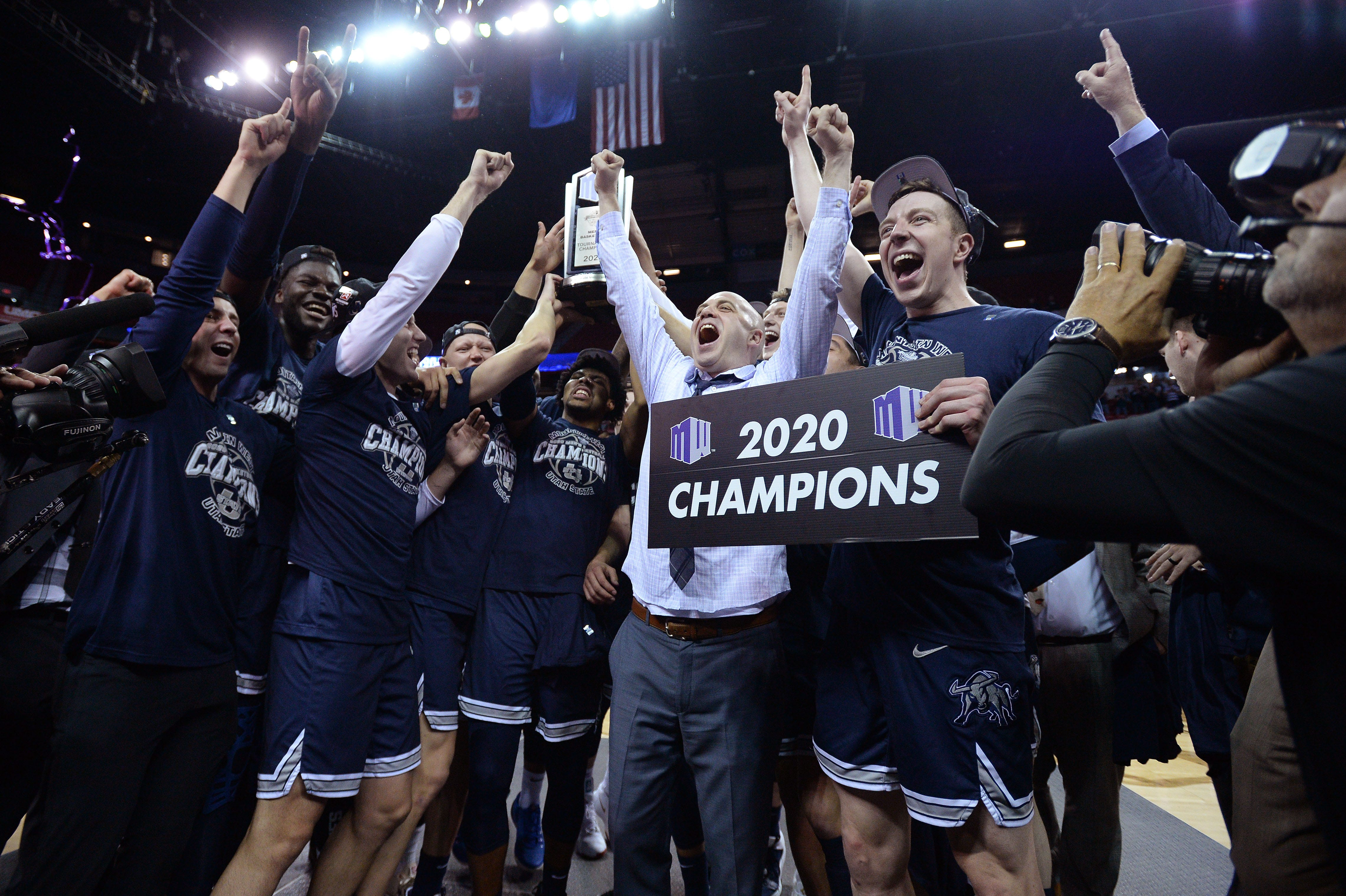 Utah State stuns San Diego State in Mountain West title game