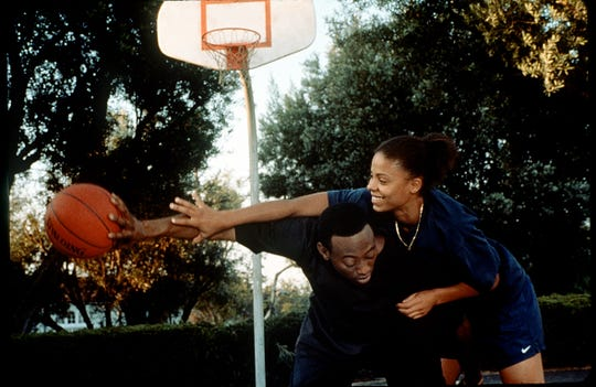 "Omar Epps and Sanaa Lathan are longtime friends and talented hoops players who take their relationship to the next level in ""Love & Basketball."""