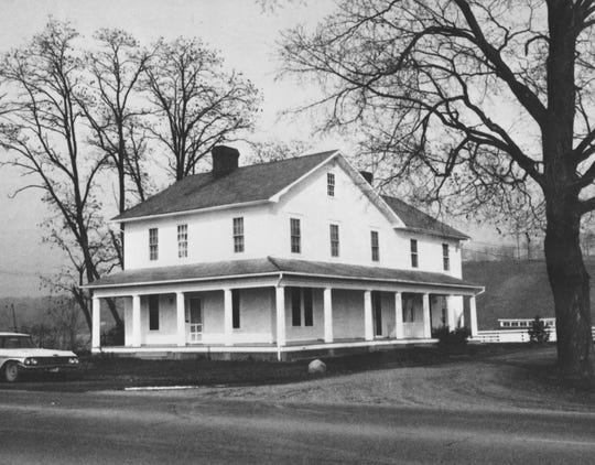 Jesse Munson was the oldest of the original Granville land company members. He and his son Augustin and family lived in this home, built in 1810 on the north side of Newark-Granville Road just west of the present North Galway Drive. When development of the area was planned in the early 1990s, the building was moved across the road and farther east to become the core of the Welsh Hills School.