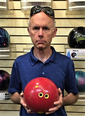 Dennis Craft bowled his highest series in St. George last week with a 705 series on games of 264, 235 and 206 in the Industrial League at Dixie Bowl.