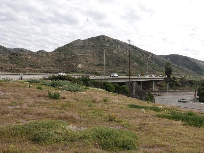 Lanes of southbound Highway 101 seen from the Seacliff interchange south of La Conchita.