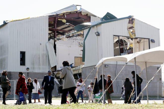 Tennessee Tornadoes Nashville Church Still Prays After Storm Damage