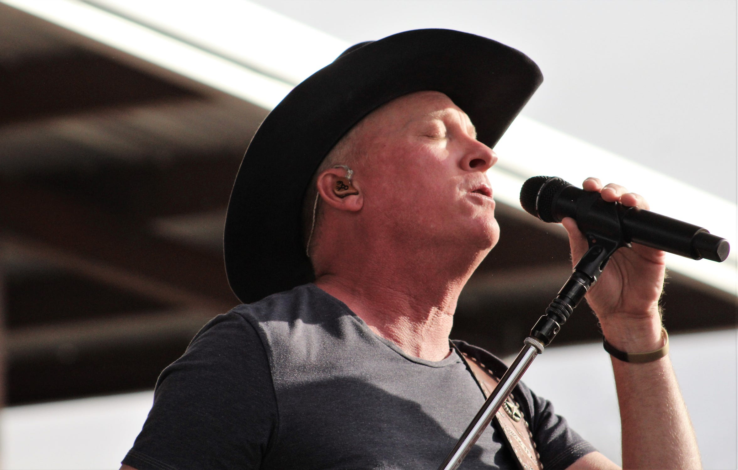Kevin Fowler puts emotion into a song from his 2019 Outlaws & Legends Music Festival show.