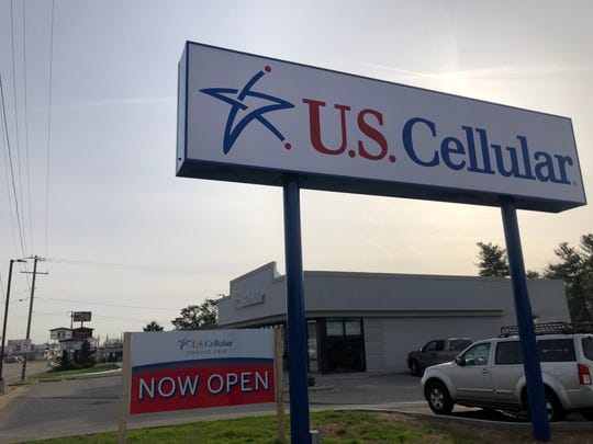 New U.S. Cellular store opens at 7412 Kingston Pike in Bearden