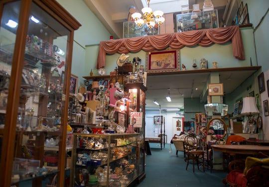 El mercado Old Town Antiques ofrece una variedad de objetos caseros antiguos de diferentes vendedores. 7 de marzo de 2020.