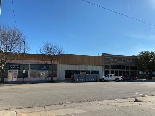 Half Pint owners Denton and Cynthia Keltner purchased the property at 809 Ohio and are turning it into two new entertainment areas. One tenant will be Abilene Ax Company but the other business remains a mystery.