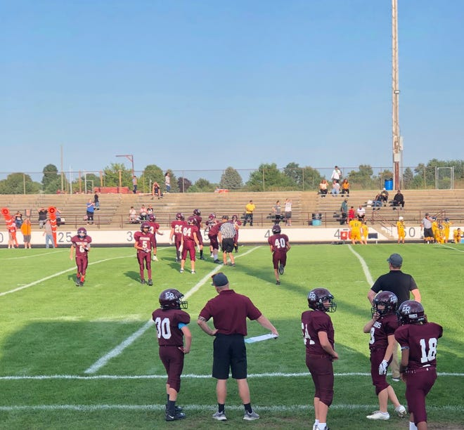 REALTOR® Dillon Swan is hoping he can make that kind of an impact as head coach for the Eaton Rapids 7th grade football team.