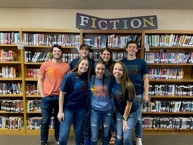 The Cotter Senior High quiz bowl team placed third at the 2A regional tournament , earning them a bid to the state tournament.  Quiz bowl member Carlie Williams also earned All-Regional honors. Pictured above are (back row, from left) Dylan Dwyer, Landon Francis, Kate Cheek, Tucker Coots, (front row, from left) Anna Haynes, Carlie Williams and Tylar Coots.