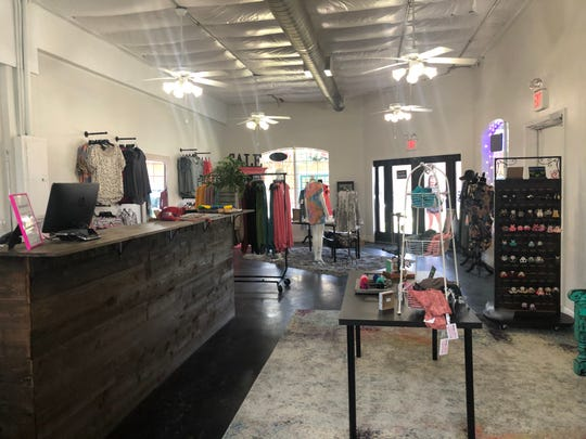 Janell Rae's Boutique sells women's clothes and accessories.