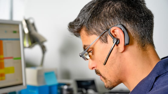 An earpiece allows you to multi-task during the day.