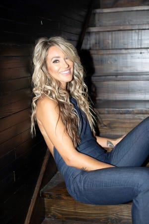"""Scotts Hill native Whitney Duncan has released a new single: """"Homesick."""""""