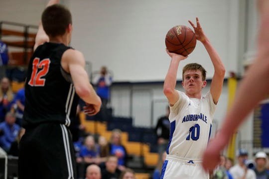 Auburndale's Fletcher Raab (10) shoots against Stratford in WIAA Division 4 sectional semifinal on March 12. Auburndale changed its mascot from Apaches to Eagles on May 22.