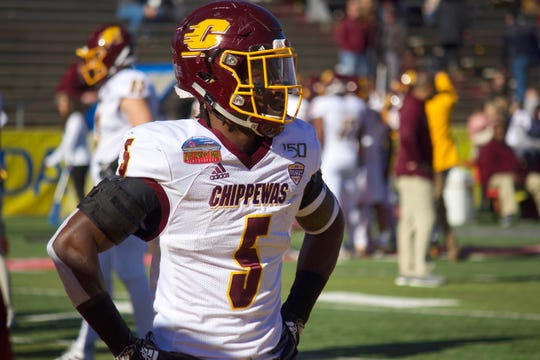 Central Michigan running back Jonathan Ward warms up before the New Mexico Bowl on Dec. 21, 2019, in Albuquerque, New Mexico.