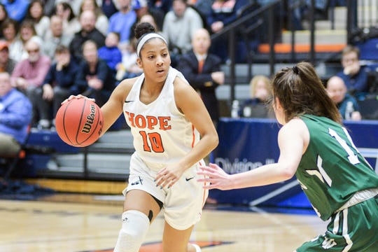 Arika Tolbert of Detroit Country Day and her Hope College teammates were 29-0 and No. 1 in the nation when their title bid ended.