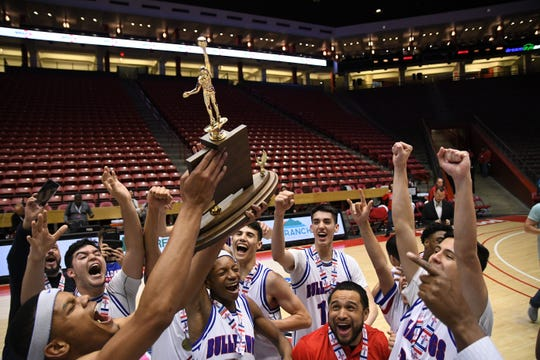 The Las Cruces boys basketball team won the Class 5A state championship on Saturday in Albuquerque.