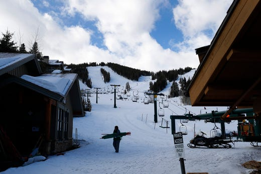 Deer Valley ski resort officially closed March 15, 2020 due to the COVID-19 coronavirus outbreak. Parent company Alterra Mountain Company closed all of their fifteen resorts.